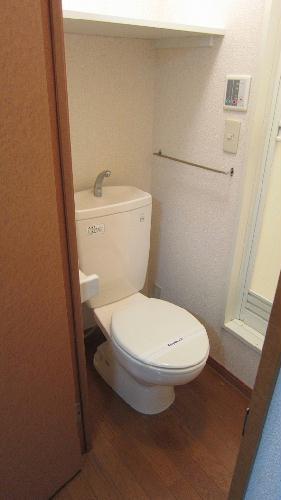 レオパレスVENTVERT 108号室のトイレ