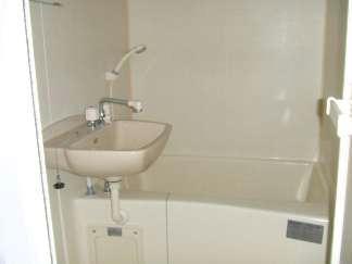 レオパレス正楓 102号室の風呂