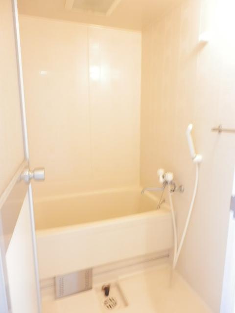 マインズビル 405号室の風呂