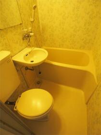 ブランシュメゾン池袋 403号室の風呂