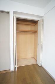ヴィラ・オーキッド 506号室の収納
