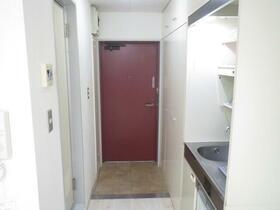 ドミール玉川学園 110号室の玄関