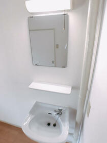 樋口マンション 103号室の洗面所