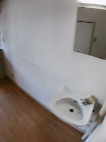 樋口マンション 301号室の洗面所