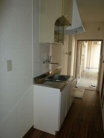 ハイムさんきパート13 306号室のキッチン