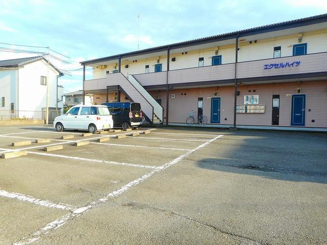 エクセルハイツ 02050号室の駐車場