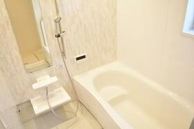 メゾンN 京都 三十三間堂 101号室の風呂