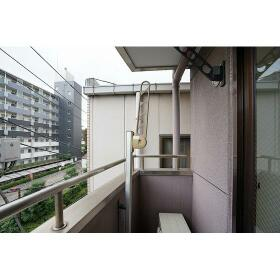 富士ビル 0401号室のバルコニー
