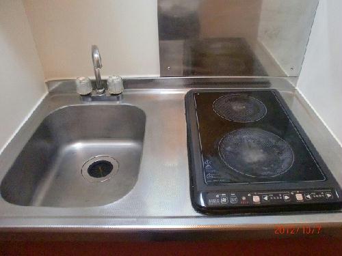 レオパレスHARU 104号室のキッチン