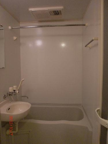 レオパレスHARU 104号室の風呂