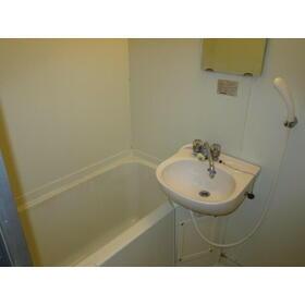 エスリード平和 102号室の風呂