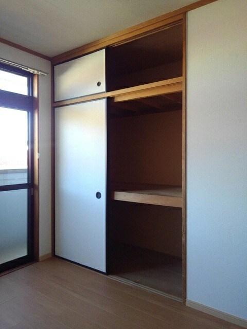 パルネット細川 02040号室の収納