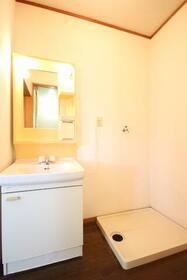 メゾン・ルーチェ Ⅱ C棟 21号室の洗面所