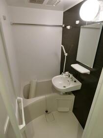 ルミエール上板橋 104号室の風呂