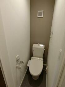 ルミエール上板橋 104号室のトイレ
