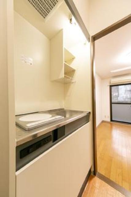 フォレスタ御苑前 303号室のキッチン