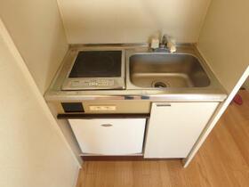 グレース北沢 301号室のキッチン