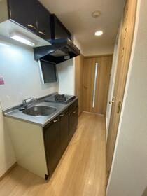 ルーブル中野富士見町伍番館 408号室のキッチン