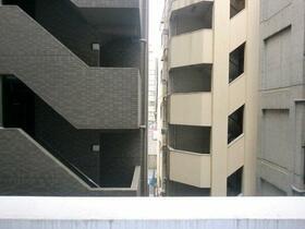 エクセリア芝大門 304号室のバルコニー