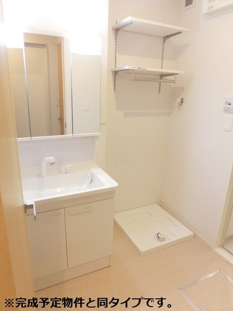 アクアリージョン津Ⅲ ウエスト 02030号室の洗面所