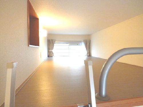 レオパレスユズ 304号室の収納