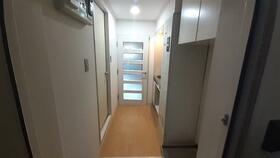 南行徳プラザA-1 108号室の玄関