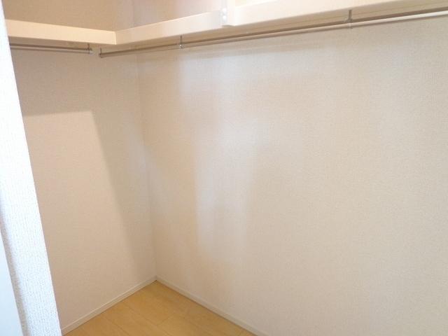 カーサ ルーチェ 01020号室の収納