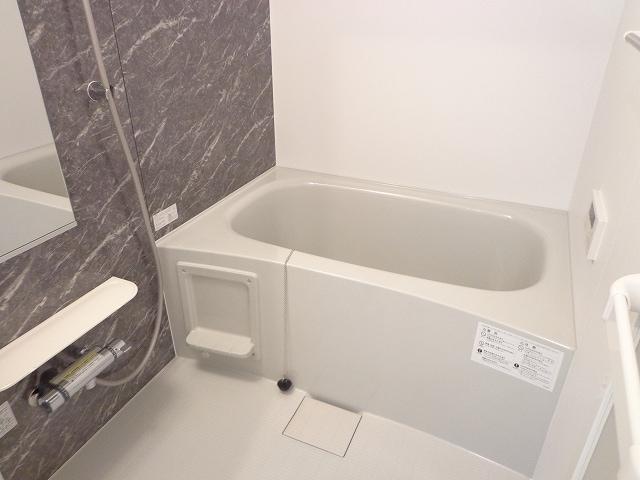 カーサ ルーチェ 01020号室の風呂