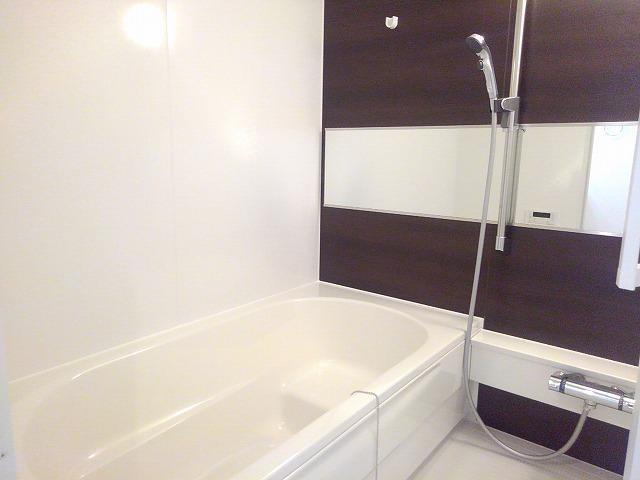 Mana Wing 03020号室の風呂