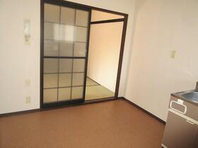 ニューエルム A201号室のキッチン