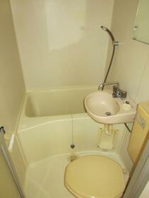 ルミエール朝倉 103号室の風呂