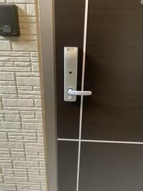 シューペリアⅡ 203号室の玄関