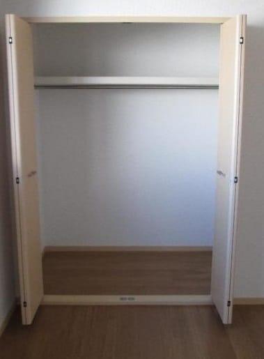ピュアハイツ 03010号室の収納