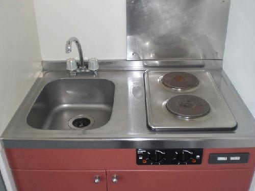 レオパレスイースト 103号室のエントランス