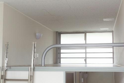 レオパレスイースト 103号室のキッチン