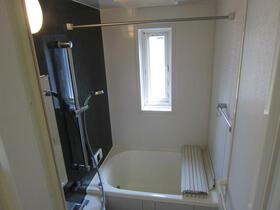リーベン 201号室の風呂