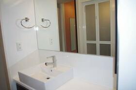 八千代の杜 ノースヒルO 202号室の洗面所