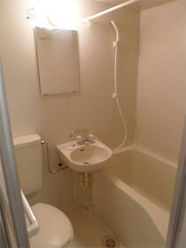 パレ・ホームズ天王洲 302号室の風呂