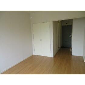 サニーホームズ府中 0201号室の居室