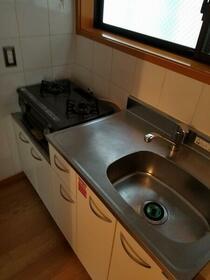 コーポ初台 101号室のキッチン