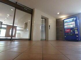 CASSIA目黒 0110号室のエントランス