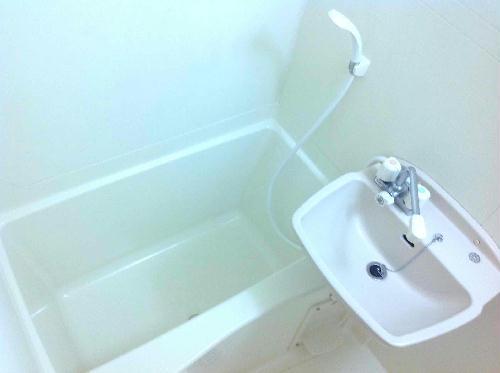 レオネクスト桂 210号室の風呂