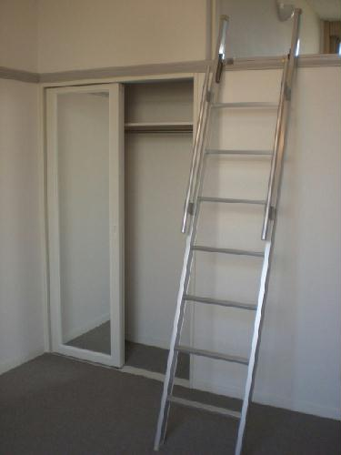 レオパレスエチュード 206号室のリビング
