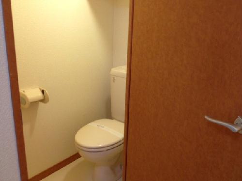 レオパレスクレール 109号室のトイレ