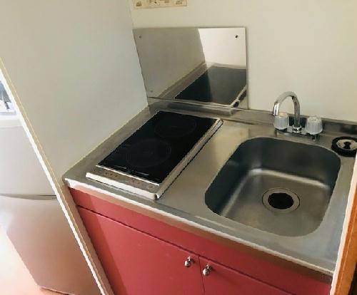 レオパレスボヌールエスパースF 208号室のキッチン