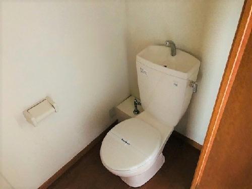 レオパレスボヌールエスパースF 208号室のトイレ