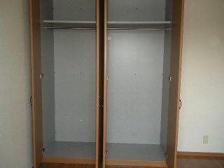 KING'S  COAT 210号室の収納