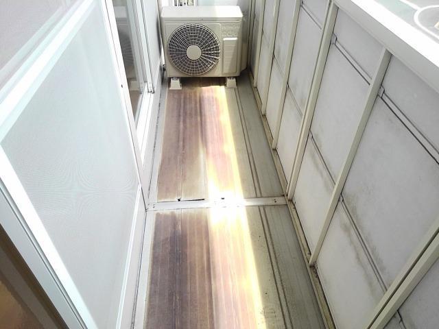 ファミールS 02030号室のバルコニー