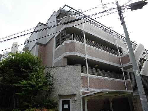 グローベル東高円寺レスティアーナの外観