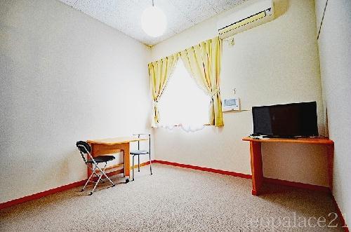 レオパレスウエストサイド白山 310号室のキッチン